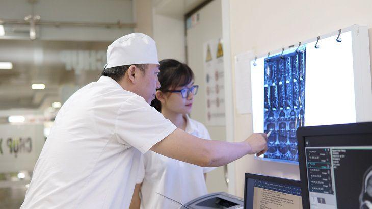 Phương pháp chụp CT scan này mang đến những hình ảnh rõ nét, không bị chồng chéo