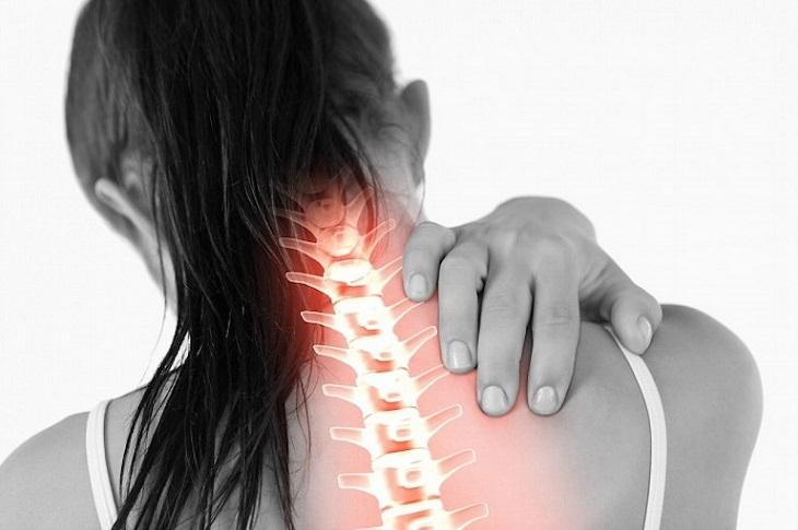 Tác động vào huyệt để cải thiện triệu chứng của thoái hóa đốt sống cổ