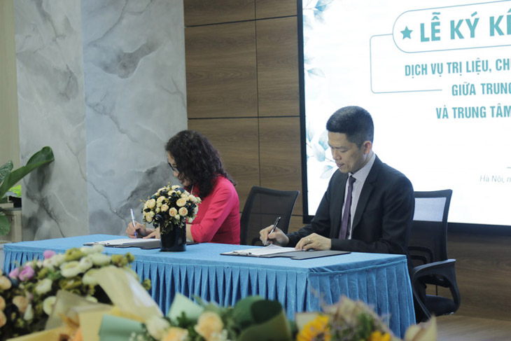 Trung tâm ký kết hợp tác với Vietfarm