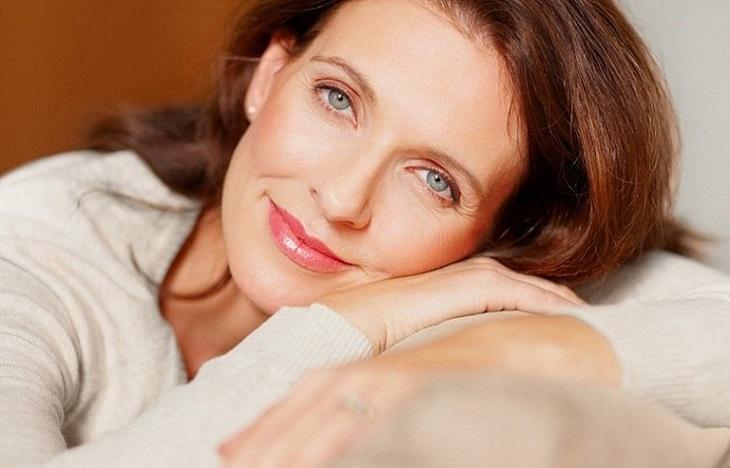 Phụ nữ mãn kinh muộn sẽ có tuổi thọ dài hơn so với những chị em mãn kinh sớm.