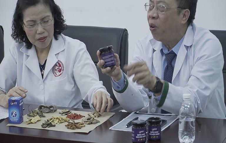 Bài thuốc Quốc dược Phục cốt khang được nghiên cứu và hoàn thiện bởi đội ngũ chuyên gia đầu ngành