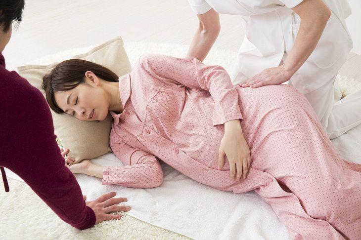 Phụ nữ mang thai bị căng thẳng, stress có nguy cơ cao bị thuyên tắc ối hơn so với những người khác