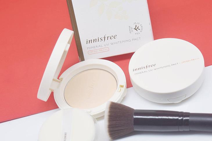 Innisfree Mineral UV Whitening Pact