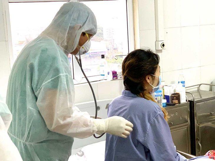 Cần thực hiện biện pháp phòng ngừa cho nhân viên y tế