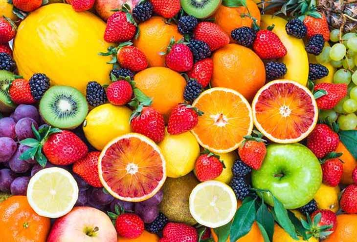 Rau xanh, trái cây tốt cho chị em sau sinh